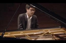 Embedded thumbnail for Steven Kleeven wint Steinway Piano Competition